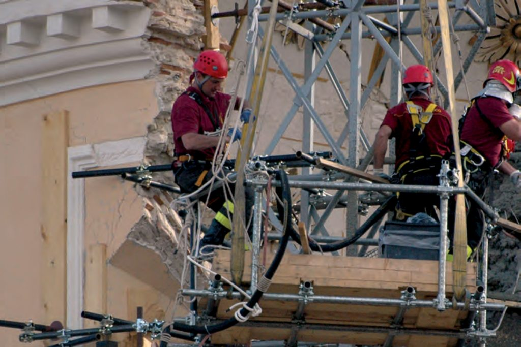 Reparación y actualización sísmica de edificios